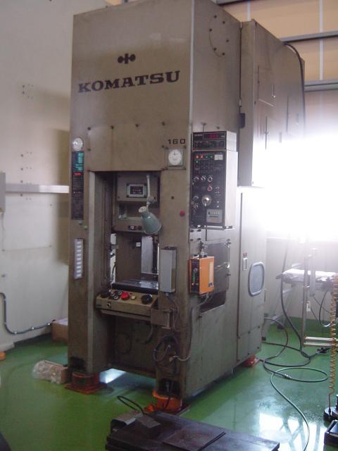 KOMATSU   コマツ L1C-160