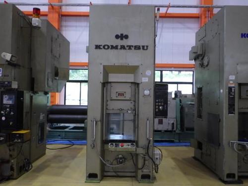 KOMATSU   コマツ L1C-250