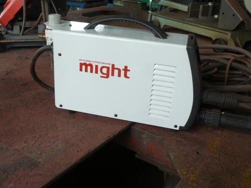 might   マイト工業 MP-40
