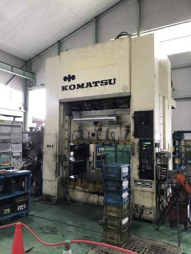KOMATSU   コマツ E2G-300