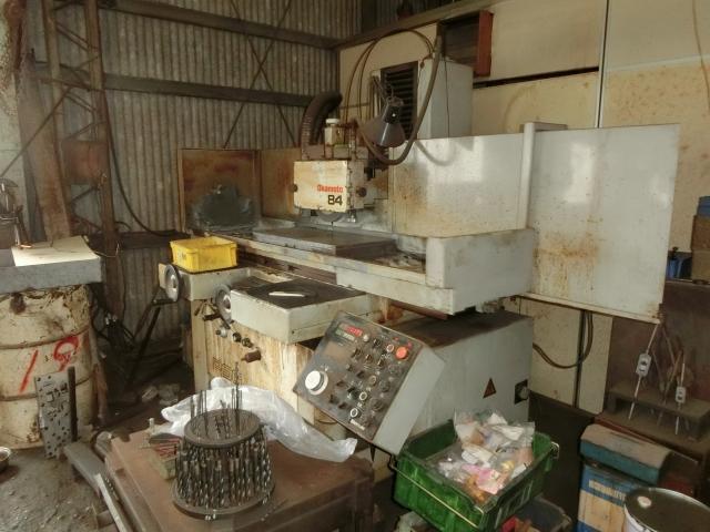 平面研削盤 Okamoto   岡本工作機械 PSG-84DX